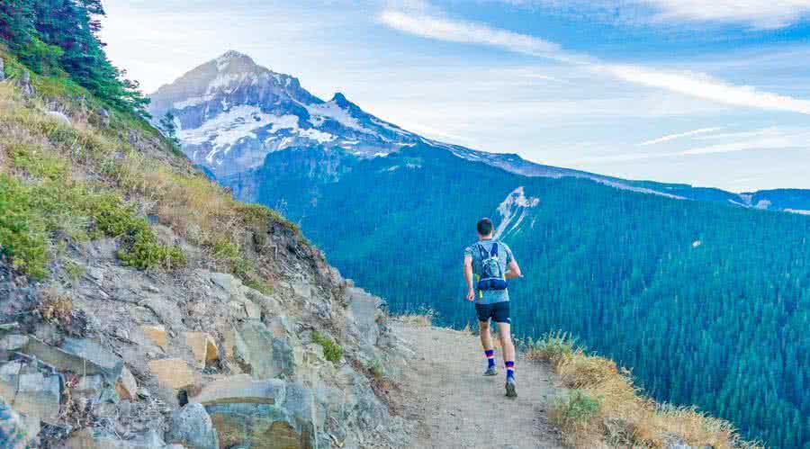 Protéger ses articulations en randonnée